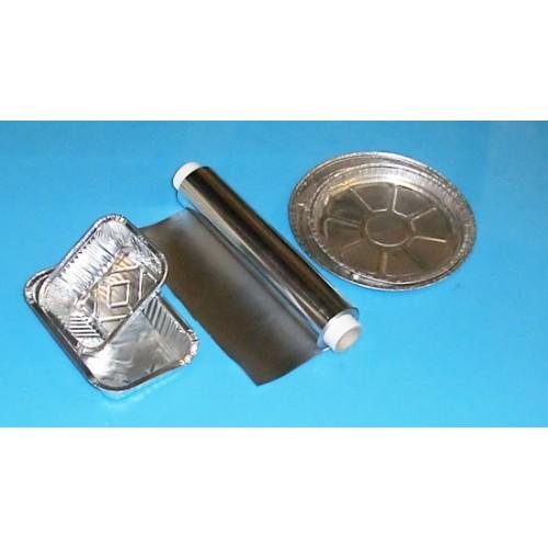 Contenitori o vaschette in alluminio per gastronomia, idonei anche per cottura in forno.