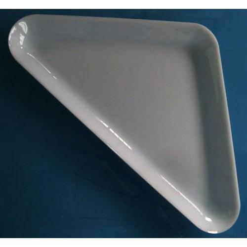 Vassoio triangolare in metalcrilato bianco, ricavato da lastra intera.