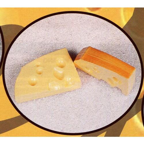 2 fette di formaggio svizzero finte mm 160x100