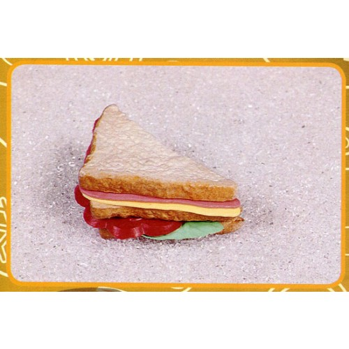 "1/2 sandwich ""Club"", finto, mm 145x80."