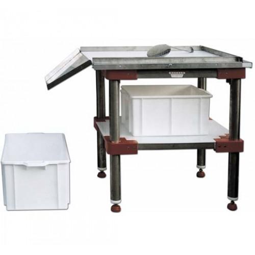 Tavoli per la lavorazione di carni cotte