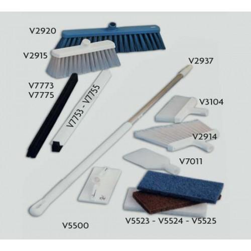 Attrezzature per pulizia industriale in ambienti di macellazione, con attacco per Manico Universale Vikan.