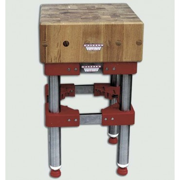 Ceppi in legno di acacia per lavorazione carni, con o senza sgabello inox, spessore cm. 20. Sistema brevettato con tiranti interni in acciaio.