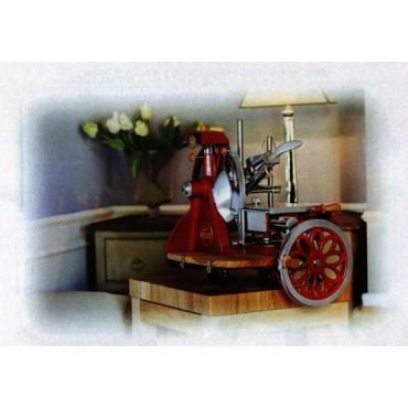 Affettatrici rosse stile antico con kit in ulivo, con volano fiorato - PREZZI DA SCONTARE DEL 10%.