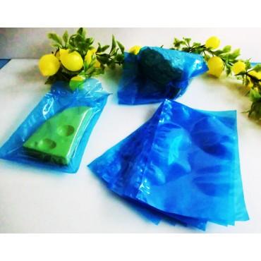 Sacchetti per sottovuoto azzurri per pesce, formaggi ecc., spessore 95 MY lisci, per macchine a campana.