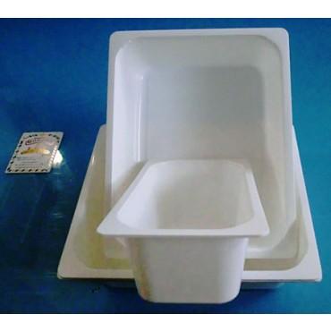 Vasconi e vaschette in plastica PP polipropilene monouso per i settori: caseario, gastronomia, ittico, carni, salumi - colore bianco.