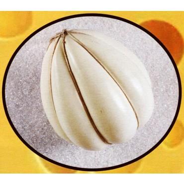 1 provolone finto a forma di mandarino mm 270x270