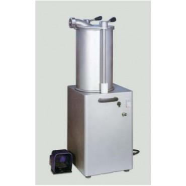 Insaccatrice oleodinamica a motore, marca AMB, usata solo per dimostrazione. Tutta inox e in regola con le vigenti norme CE.