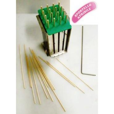 Taglia spiedini-arrosticini mezzano mm 19x19, in acciaio inox AISI 304, con sportello apribile.