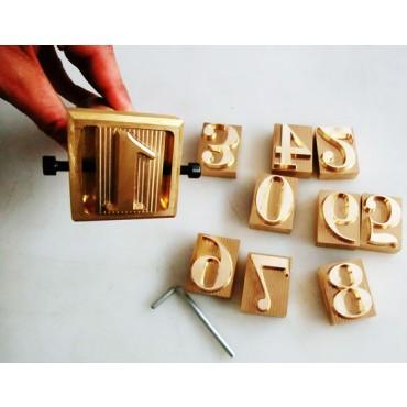 Numeri in ottone per timbrature a freddo di carni, formaggi, prodotti alimentari ecc.
