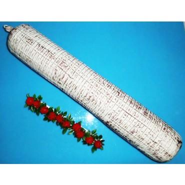 Salame gigante (salsiccione) finto, lunghezza cm 65, diametro cm 10, vestito con rete.
