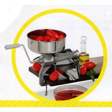 Spremipomodoro manuali per passata di pomodoro, marmellate, succhi di frutta; con imbuto e sgocciolatoio in acciaio inox.