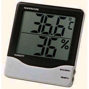 Termoigrometro portatile per misurare l'umidità e la temperatura di salumi e formaggi.