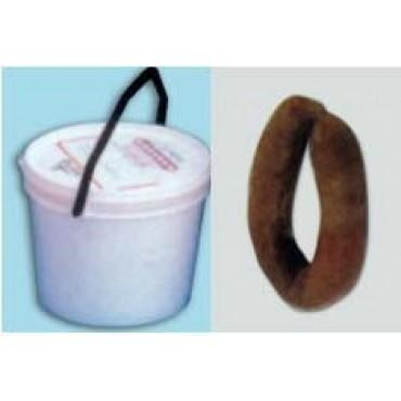 Budellina di scrofa calibro 43/46 per salsicce a ferro di cavallo, salsicce sarde, cacciatorini e salsicce da stagionare, confezionate su stick.