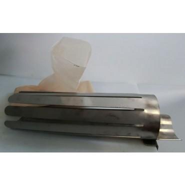 Tubi frastagliati in acciaio inox, per insaccare pancette di suino con budello sintetico Fibrous.